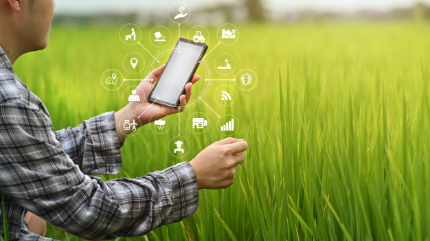 agriculture-technology-farmer-man-using-smartphone-analysis-data-visual-icon_35674-1525